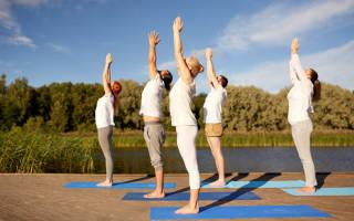 Упражнения для йоги для позвоночника